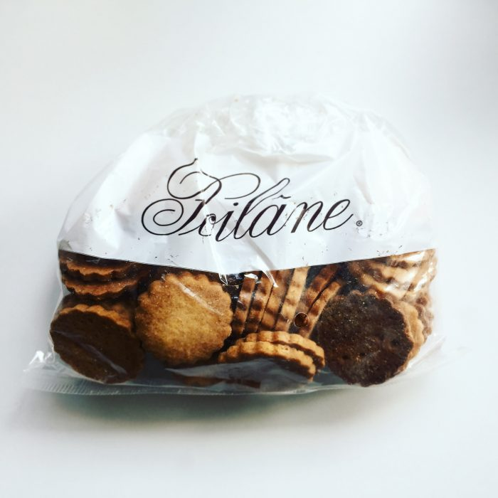 パリのパン屋の シンプルなバタークッキー @ POILANE