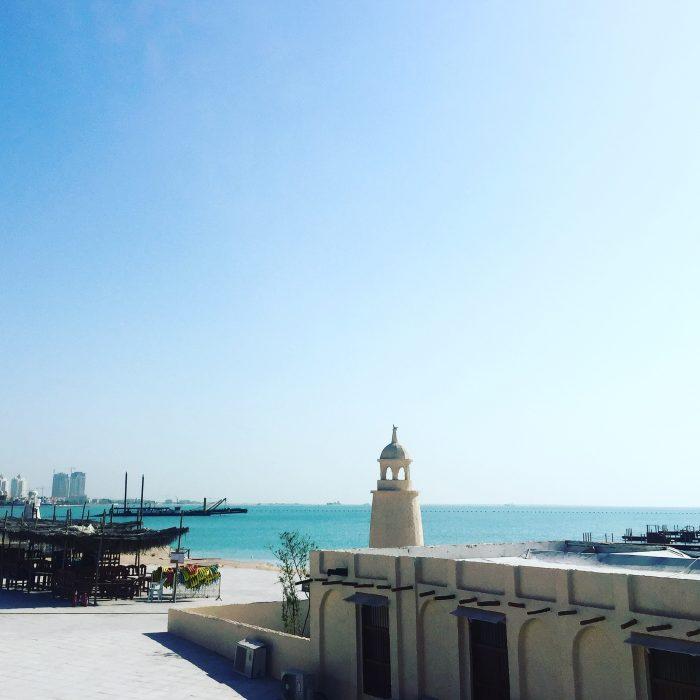 ペルシア湾は青く美しかった