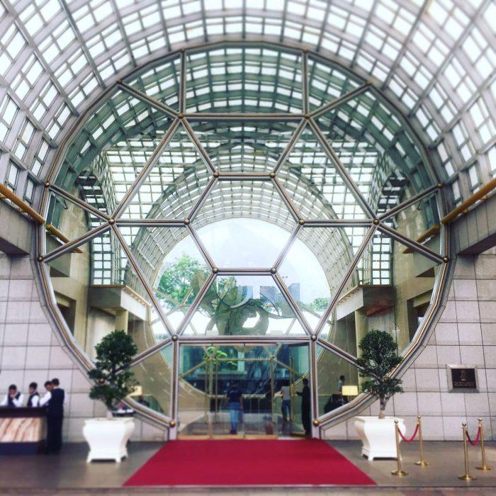 風水都市のホテル The Ritz-Carlton Millenia Singapore と Marina Bay Sands