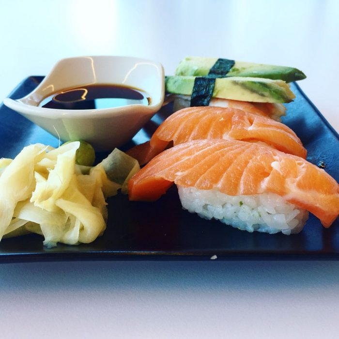 意外と日本食が豊富なタリン 〜 寿司とラーメンのTokumaru