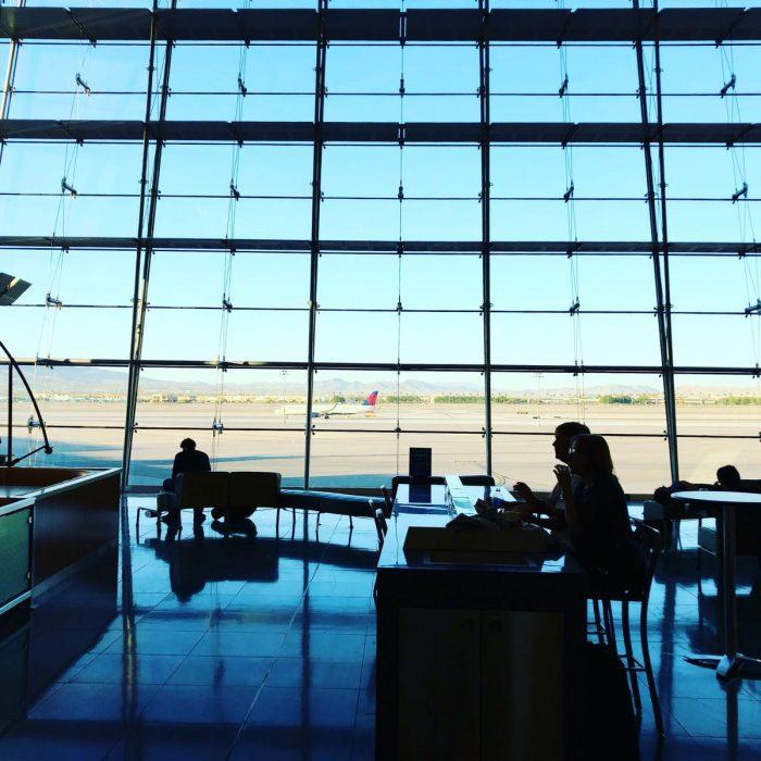 ラスベガス マッカラン国際空港
